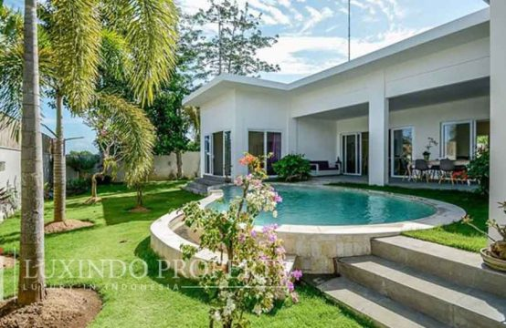UNGASAN – FABULOUS CONTEMPORARY 3 BEDROOM VILLA IN UNGASAN FOR LEASEHOLD SALE (LHV097)