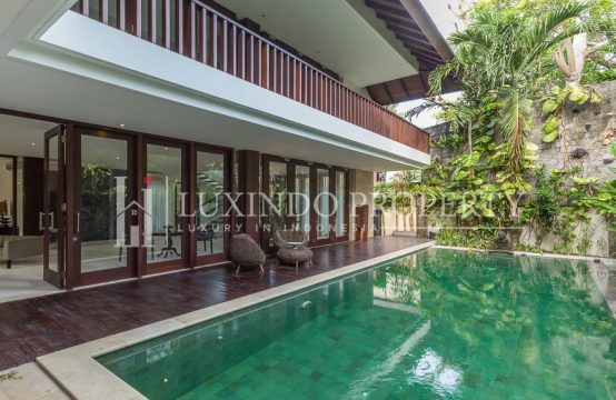 SANUR – STUNNING HIGH QUALITY 4 BEDROOMS VILLA IN THE BEACH SIDE SANUR (FHV043)