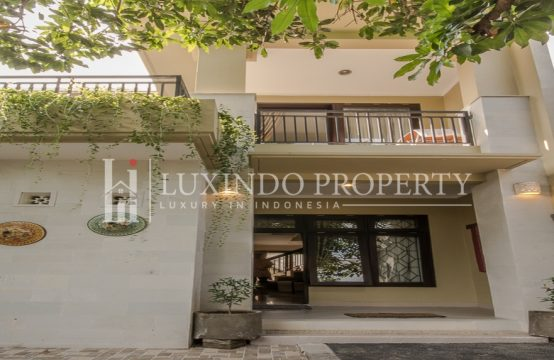KEROBOKAN – BEAUTIFUL FIRST ENTRY HOME IN STRATEGIC AREA OF BANJAR SEMER (FHV025)