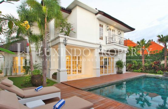SOLD-RENTED-SEMINYAK – MODERN EUROPEAN STYLE VILLA IN HEART OF SEMINYAK (FHV013)