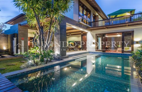 SEMINYAK – BEAUTIFUL VILLA COMBINED WITH NATURAL FEELING (FHV016)