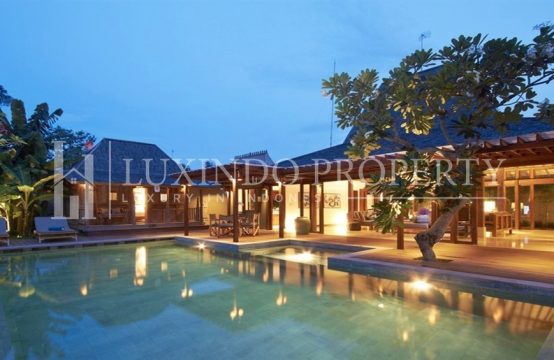 BATU BELIG – BEAUTIFUL BLEND OF TRADITIONAL AND MODERN JOGLO VILLA FOR SALE (LHV087)