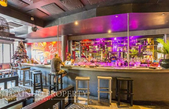 SEMINYAK – BAR CLUB RESTAURANT AVAILABLE FOR LEASEHOLD IN CENTER AREA IN SEMINYAK
