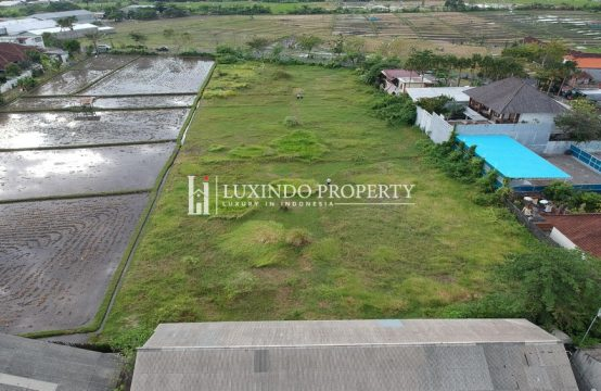KEROBOKAN – 5400 SQM LAND FOR LEASEHOLD SALE CLOSE TO SEMINYAK (LHL027)
