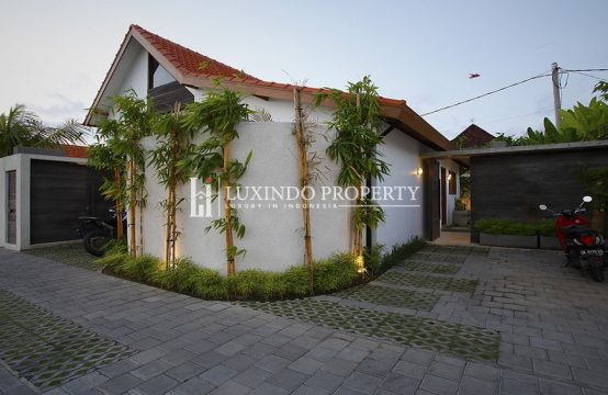 UMALAS – BEAUTIFUL VILLA COMPLEX FOR LEASEHOLD SALE (LHV116)