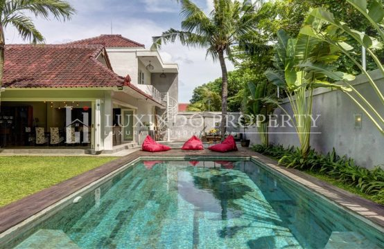 KEROBOKAN – MODERN BALINESE 4 BEDROOM VILLA FOR FREEHOLD SALE (FHV107)