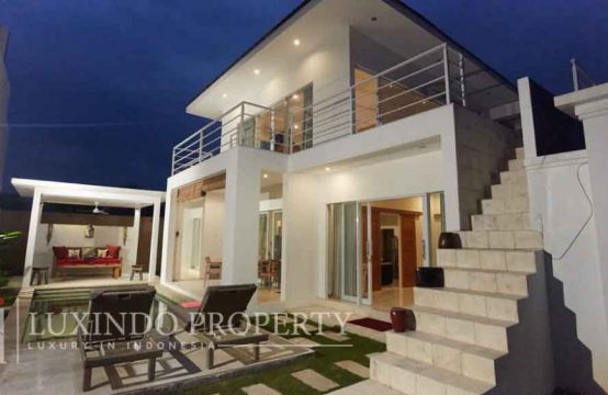 SANUR – CONTEMPORARY 3 BEDROOM MINIMALIST STYLE VILLA IN THE HEART OF SANUR (LHV105)
