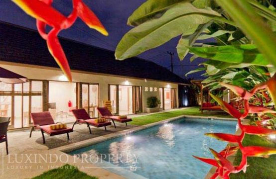SEMINYAK – BEAUTIFUL 3 BEDROOMS VILLA FOR RENT IN SEMINYAK AREA (RV005)