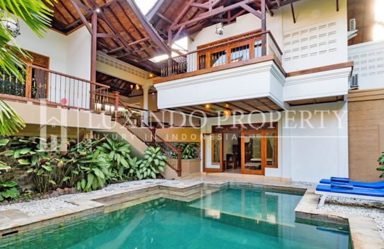 SEMINYAK – 3 BEDROOMS VILLA IN THE COMPLEX VILLA IN SEMINYAK (RV027)