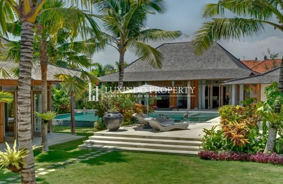 CANGGU – BEAUTIFUL 5 BEDROOMS VILLA FOR YEARLY RENTAL IN THE PRIME LOCATION OF BERAWA (RV145)