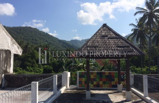LOMBOK –  OFFICE BUILDING WITH GORGEOUS ROOFTOP VIEWS (RS006)