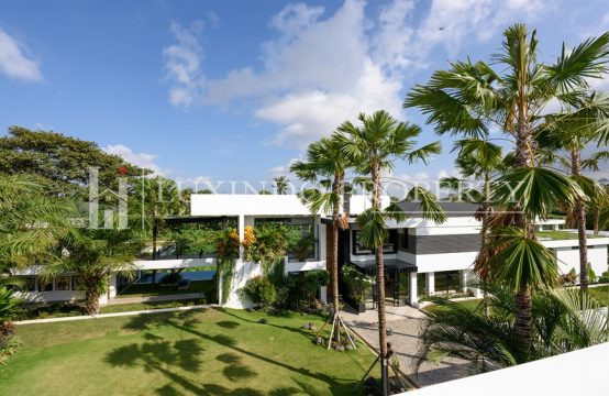 PERERENAN – 6 BEDROOM CONTEMPORARY MINIMALIST DESIGNER VILLA WITH A LUXURIOUS TOUCH IN A TROPICAL PARADISE (FHV130)