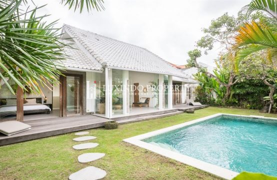 KEROBOKAN – MODERN BALINESE 2 BEDROOM VILLA FOR LEASEHOLD SALE (LHV161)