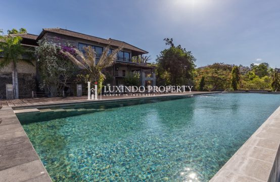 JIMBARAN – STUNNING 3 BEDROOM VILLA WITH OCEAN VIEWS (FHV134)