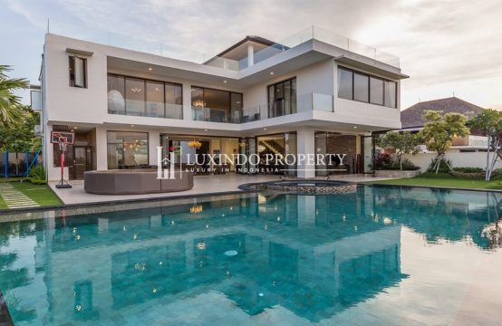 NUSA DUA – ELEGANT BRAND NEW 4 BEDROOM VILLA WITH LUXURIOUS SURROUNDINGS FOR FREEHOLD SALE (FHV141)