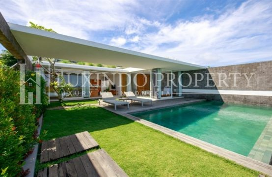 ULUWATU – 2 BEDROOM POOL VILLA WITH GARDEN VIEWS (FHV145)