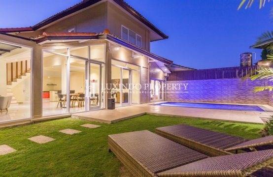 SEMINYAK – 3 BEDROOM MODERN VILLA FOR YEARLY RENTAL (RV178)