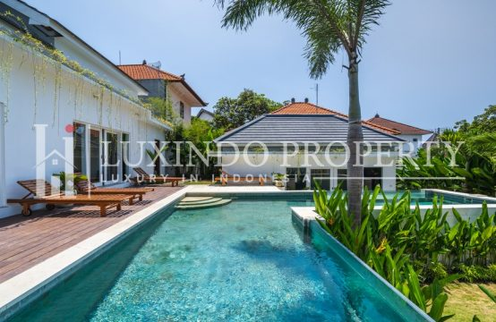 BERAWA- TROPICAL 3 BEDROOM VILLA CLOSE TO THE BEACH FOR LEASEHOLD SALE (LHV199)