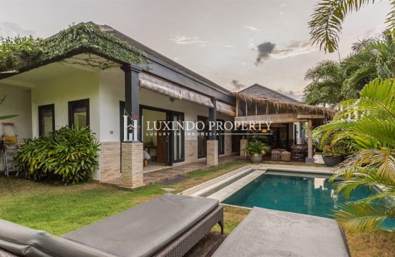MENGWI – 3 BEDROOM FAMILY VILLA FOR YEARLY RENTAL IN BUDUK (RV180)