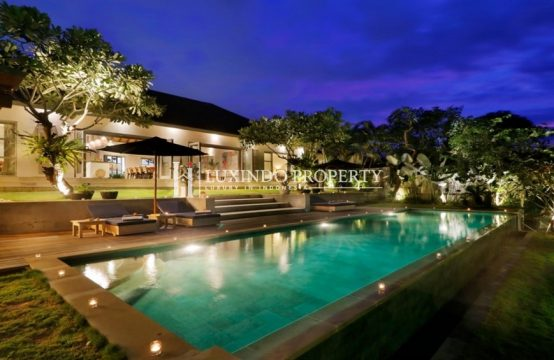 CANGGU – STUNNING 4 BEDROOM VILLA WITH FOREST VIEWS IN TIYING TUTUL (RV181)