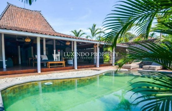 CANGGU – ELEGANT AND TRADITIONAL 2 BEDROOM JOGLO VILLA FOR MONTHLY RENTAL (RV185)