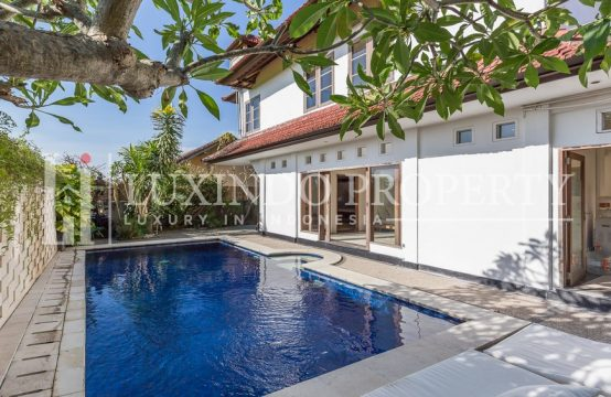 UMALAS – MODERN BALINESE VILLA WITH RICE FIELD VIEW FOR YEARLY RENTAL (RV182)