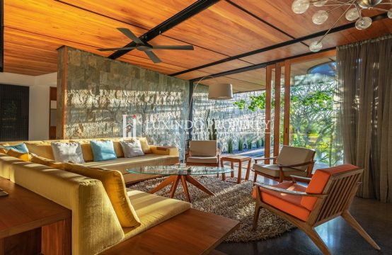CANGGU : LUXURIOUS MID – CENTURY MODERN LIVING IN A TROPICAL OASIS FOR FREEHOLD SALE (FHV151)