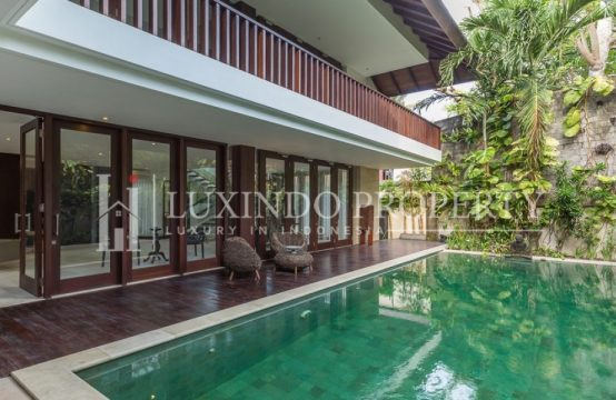 SANUR – STUNNING HIGH QUALITY 4 BEDROOMS VILLA IN THE BEACH SIDE SANUR FOR YEARLY RENTAL (RV190)