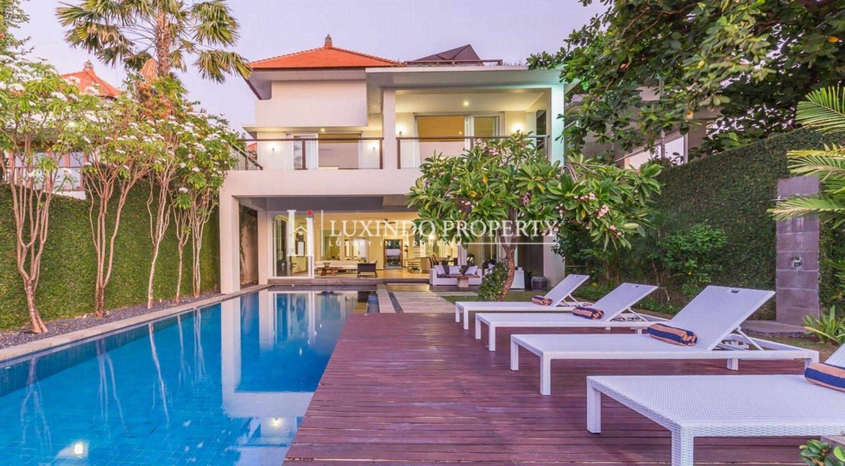 Kuta The Most Prestigious Location Beach Front Villa Fhv155 Luxindo Property