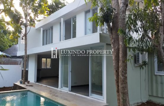 BINGIN – BRAND NEW THREE BEDROOM VILLA WALKING DISTANCE TO THE BEACH (LHV207)