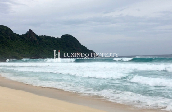 LOMBOK – 24,400 M2 BEACHFRONT LAND ON MEANG BEACH FOR FREEHOLD SALE (FHL180)