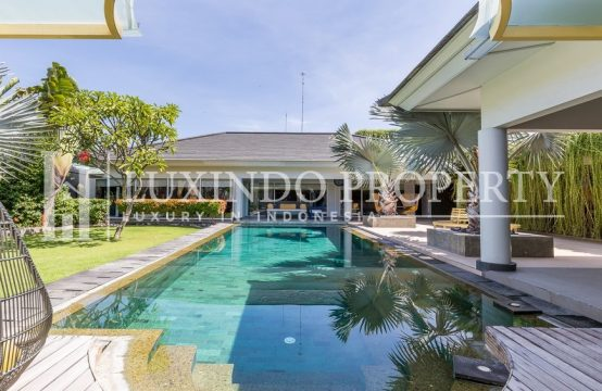 SANUR – MODERN BEACHSIDE VILLA FOR LEASE (LHV202)
