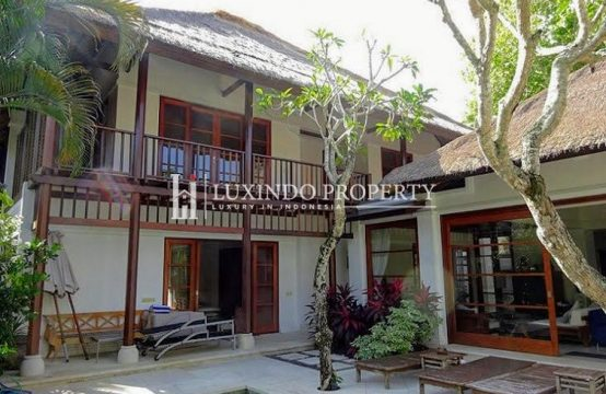 JIMBARAN – 3 BEDROOM FREEHOLD IN EXCLUSIVE RESORT ON THE BAY (FHV167)