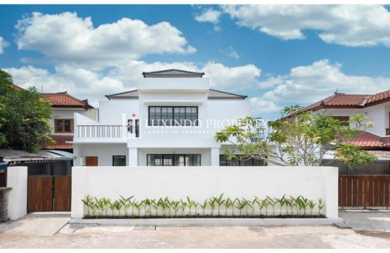 SEMINYAK – BRAND NEW 3 BEDROOM VILLA FOR FREEHOLD SALE (FHV170)
