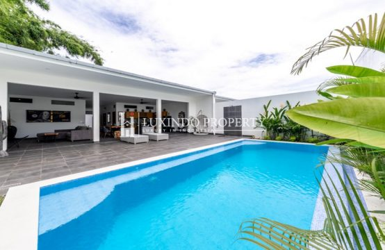 UMALAS – BRAND NEW TWO BEDROOM VILLA FOR RENT IN THE HEART OF UMALAS (RV204)