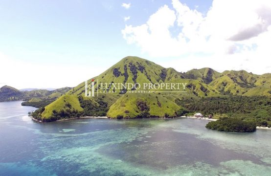 MENJAGA – ABSOLUTE BEACHFRONT LAND IN MENJAGA COAST IN LABUAN BAJO (FHL211)