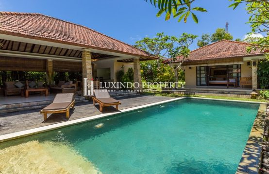JIMBARAN – COZY THREE BEDROOM VILLA FOR FREEHOLD SALE (FHV174)