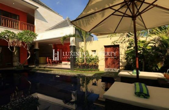 KEROBOKAN – BEAUTIFUL TWO BEDROOM VILLA IN PRIME LOCATION IN KEROBOKAN (FHV180)