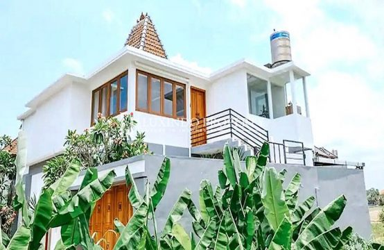 CANGGU – A UNIQUE DESIGNED THREE BEDROOM HOUSE FOR SALE (FHV181)