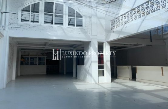 PETITENGET – COMMERCIAL SPACE FOR FREEHOLD SALE (RS012)