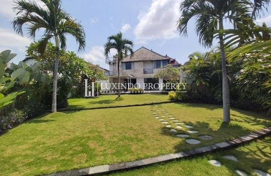 TUMBAK BAYUH – CHARMING 4 BEDROOM HOME WITH GARDEN (LHV304)